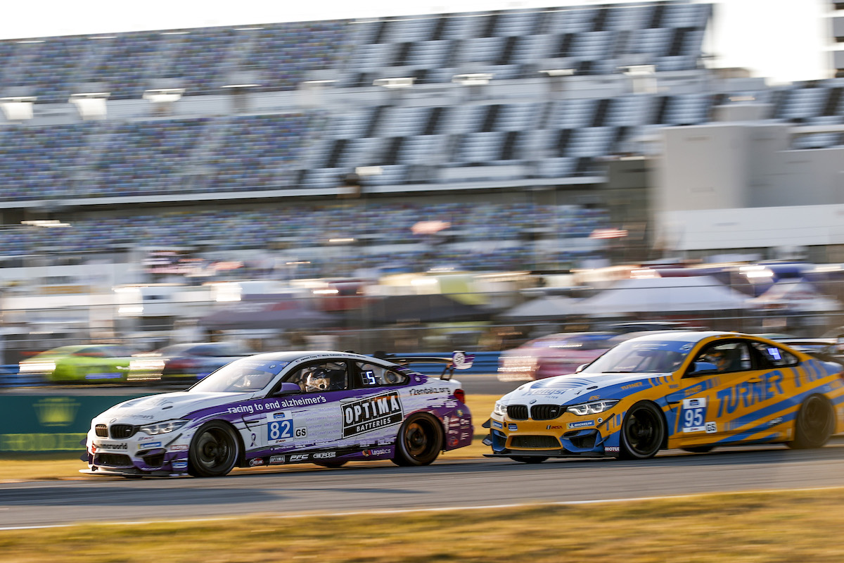 Nose-to-tail BMW M4 GT4s from BWR and TMS BimmerWorld Racing - IMSA Michelin Pilot Challenge - Daytona International Speedway
